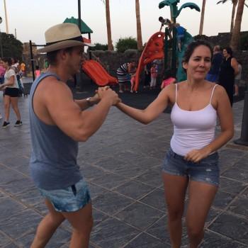 sabados-a-bailar20-agosto-clases-de-salsa-11